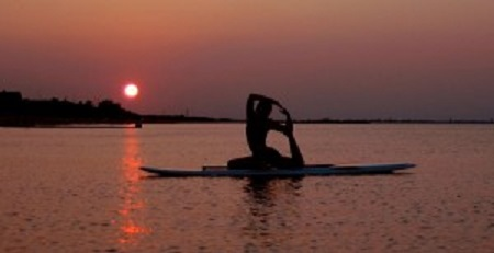 SUP yoga_Ultimate BnB_Victoria BC